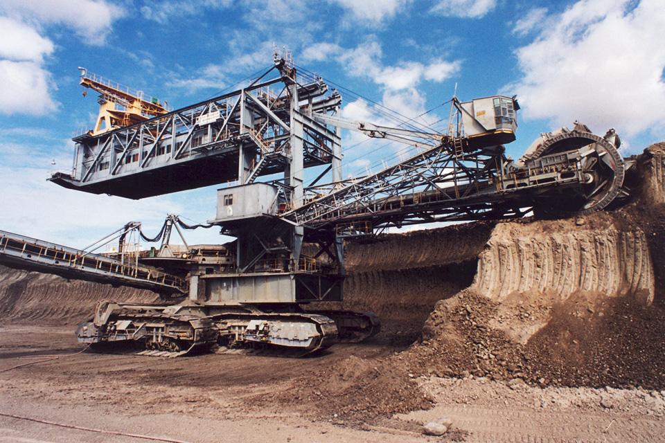 Pracownia-Maszyn-Podstawowych-i-Urządzeń-Transportowych